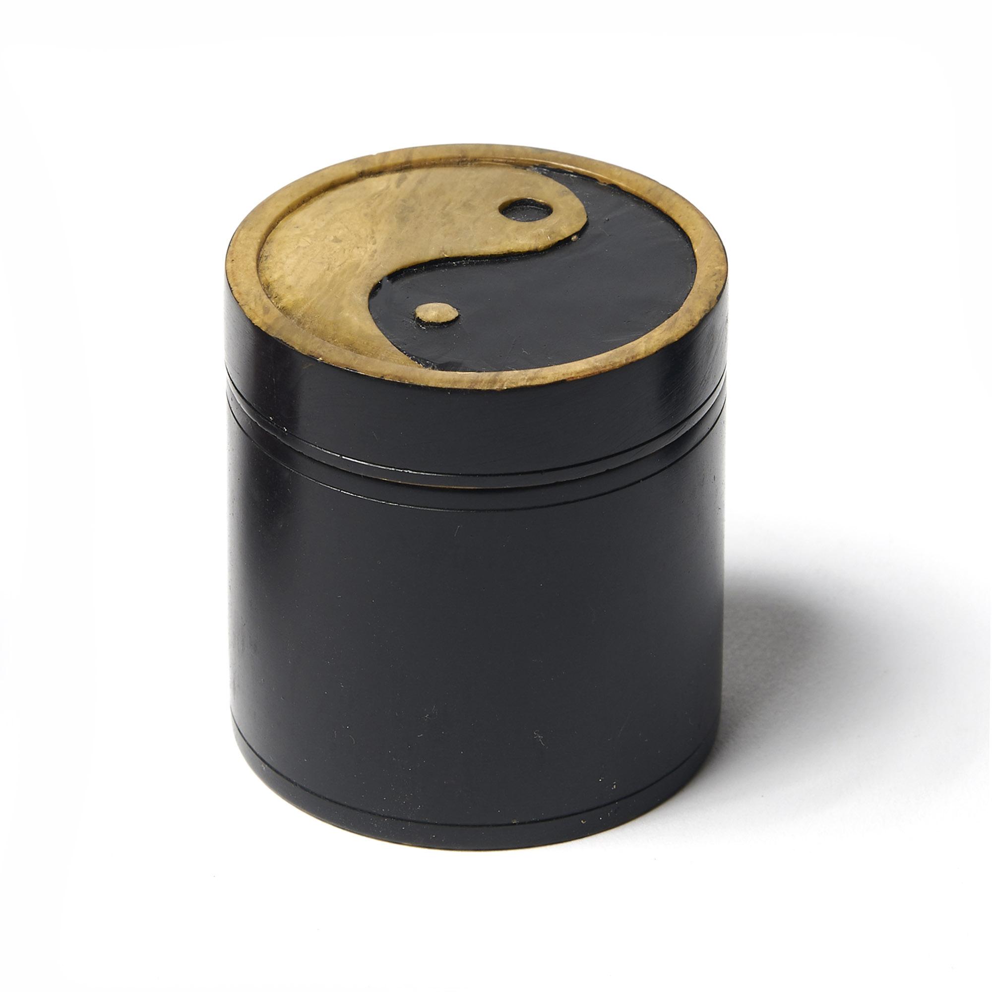 Caja piedra redonda negra Ying Yang