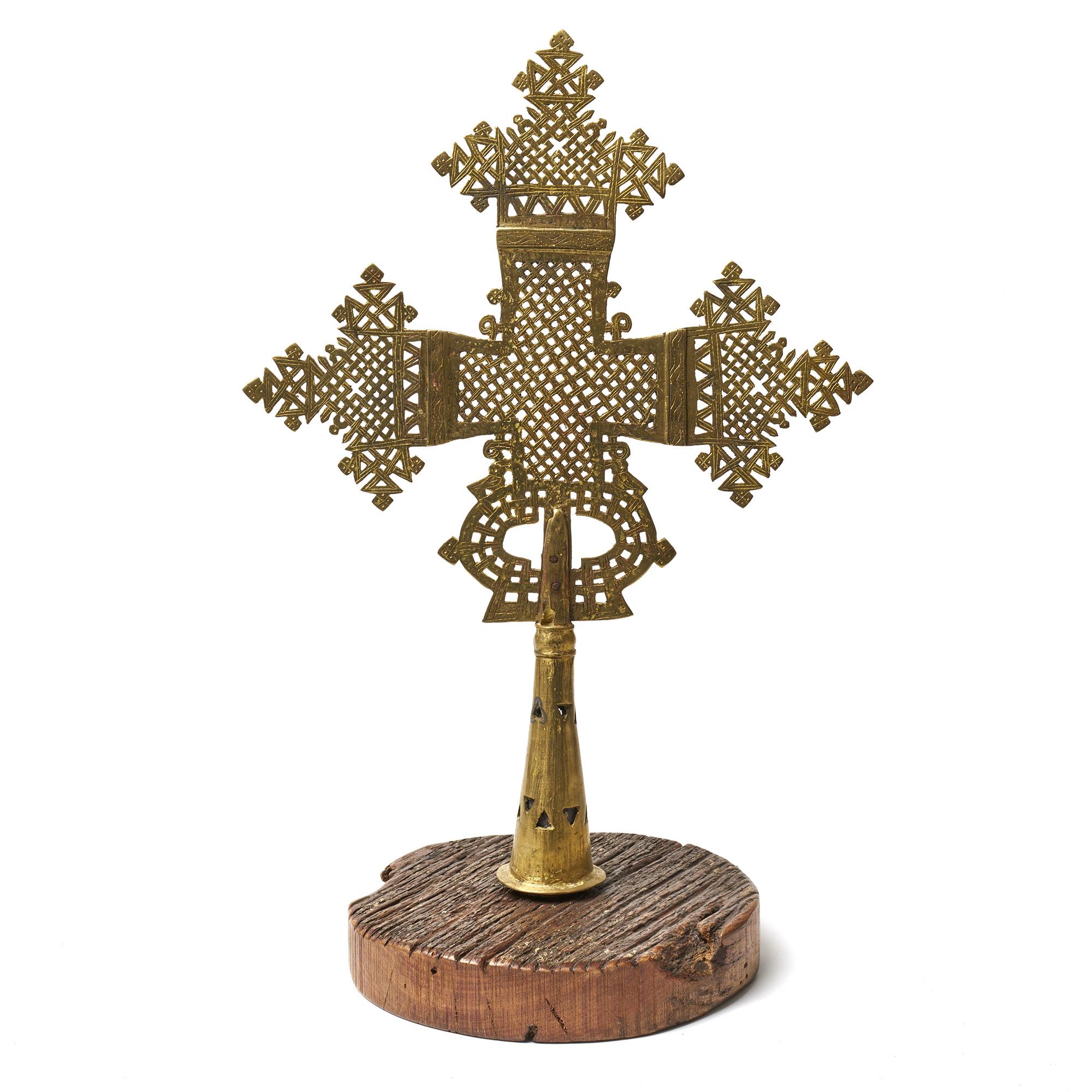 Cruz Copta con base