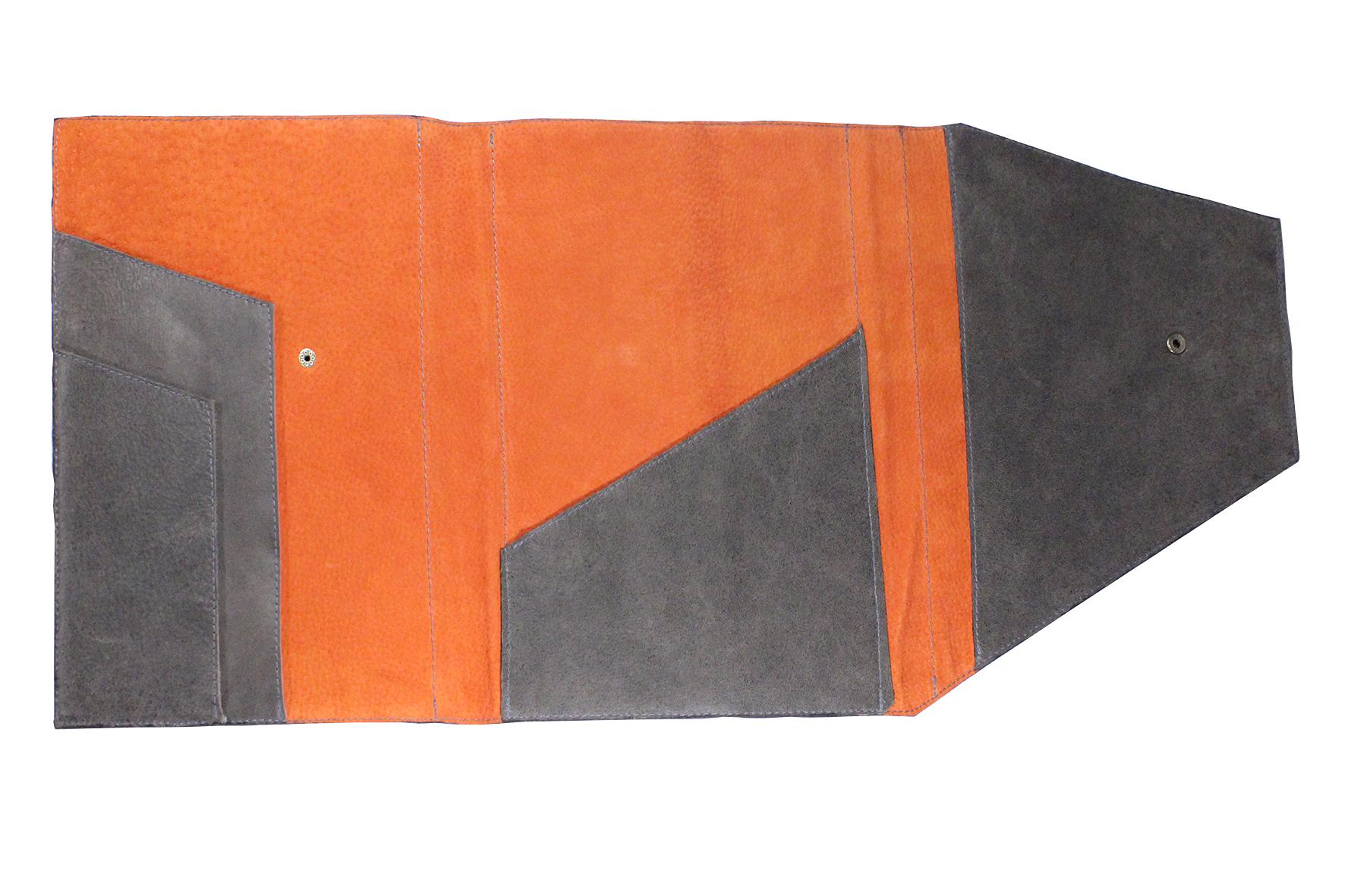 Porta tablet en cuero