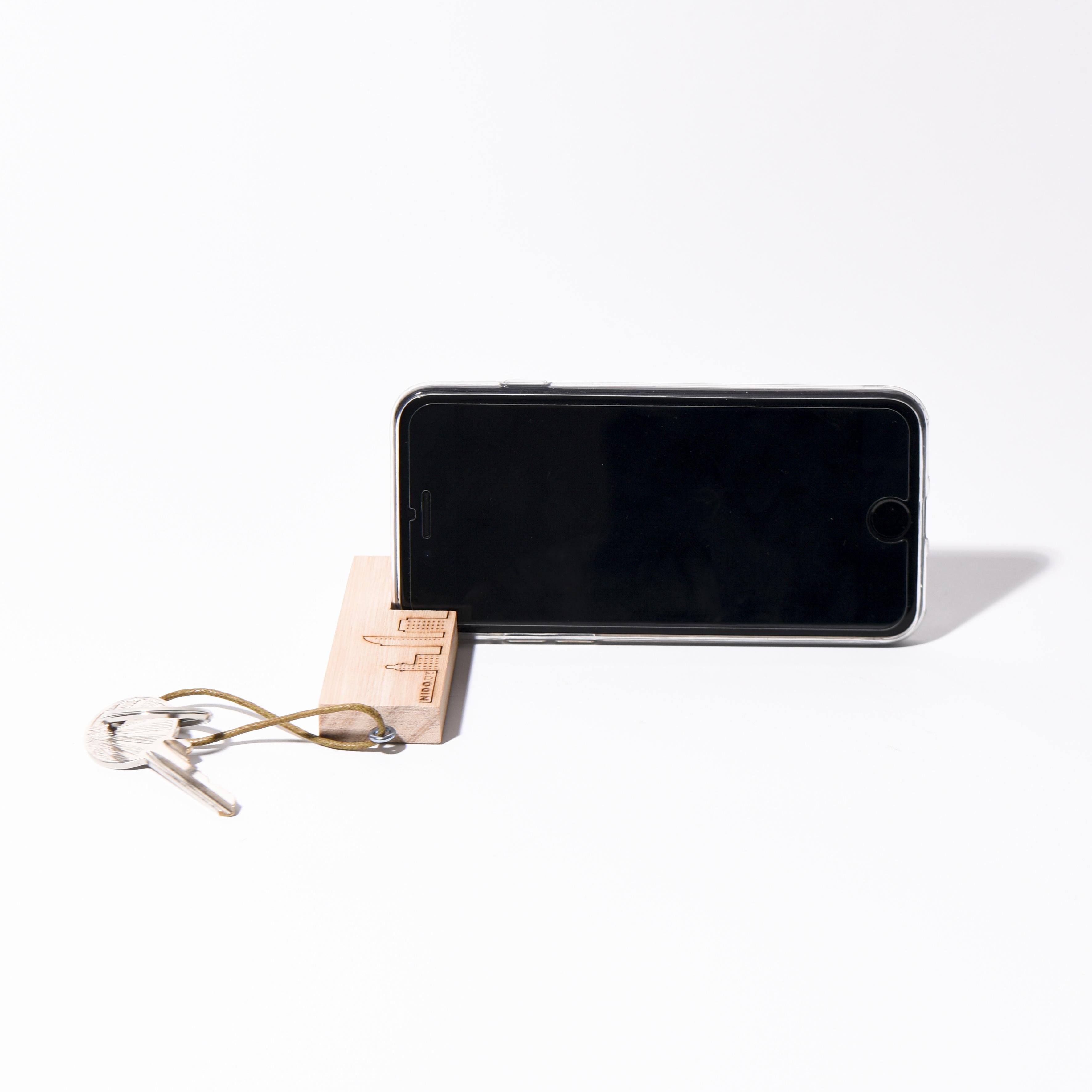 Llavero porta celular