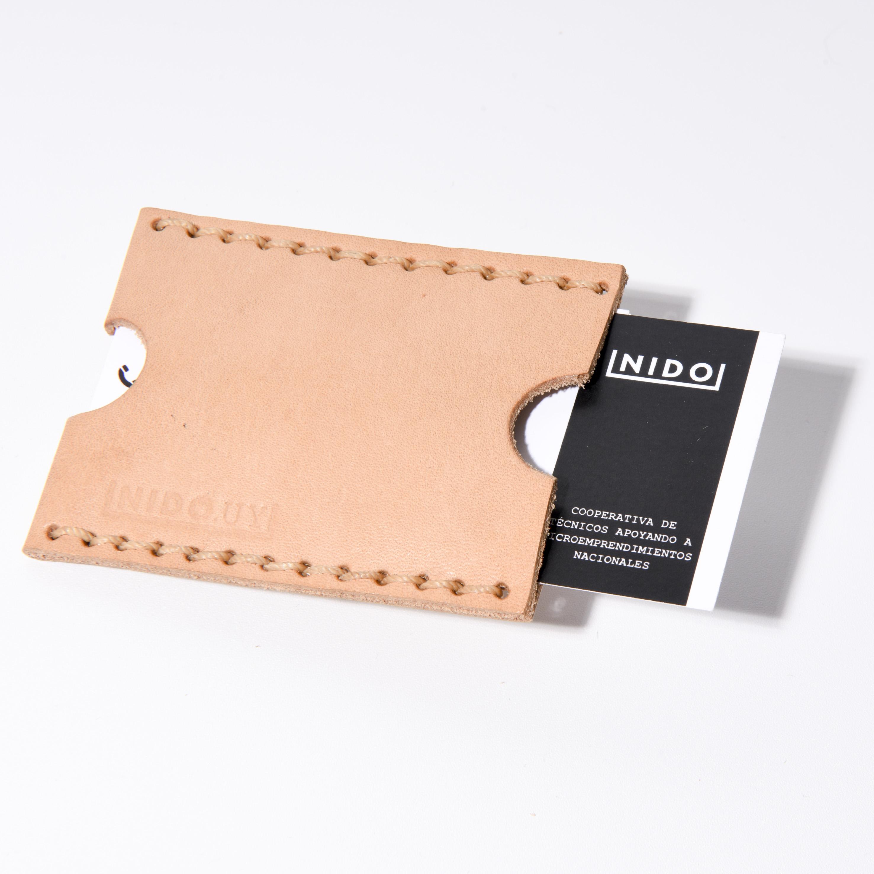 Porta tarjetas en cuero