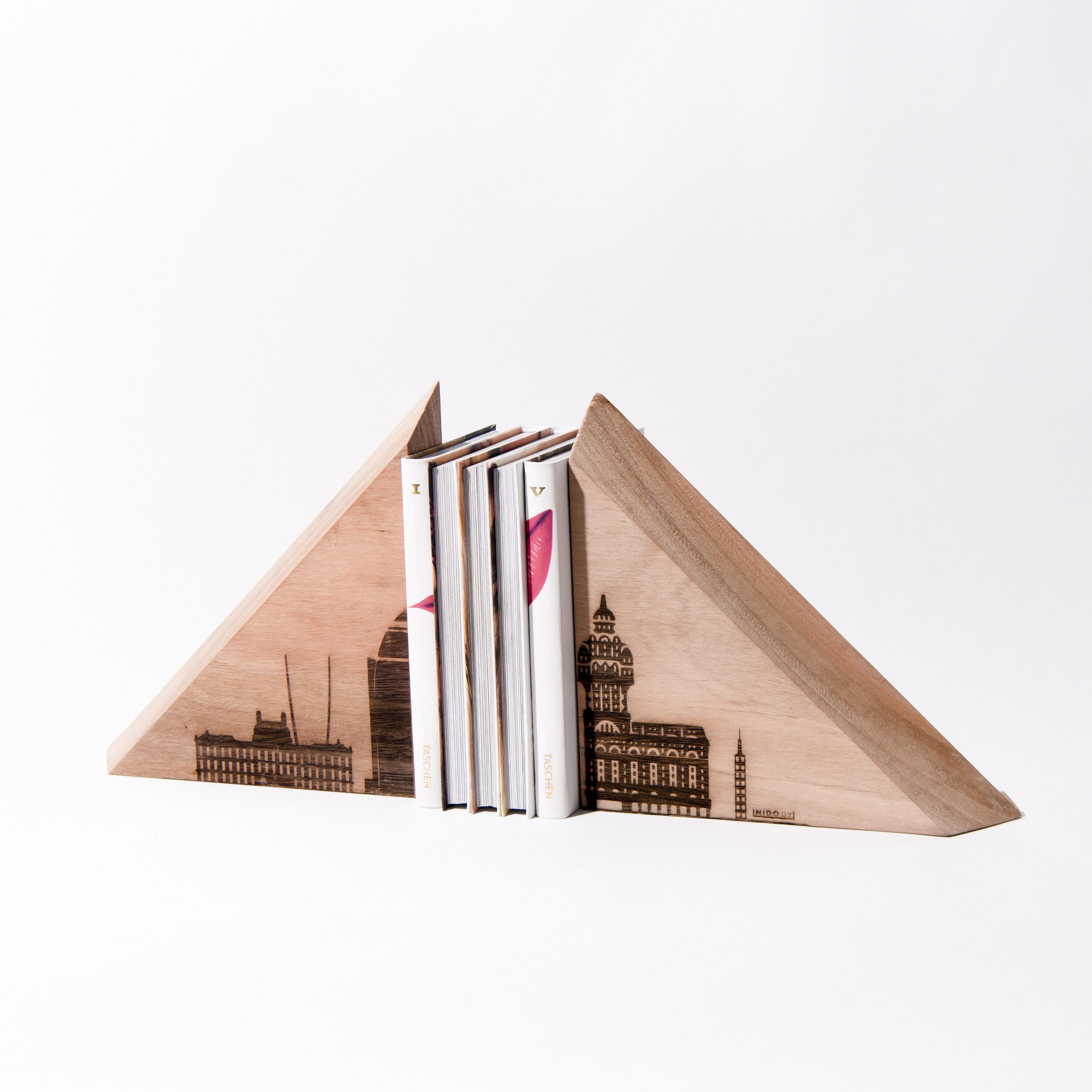 "Topes para libros ""Nocae"""