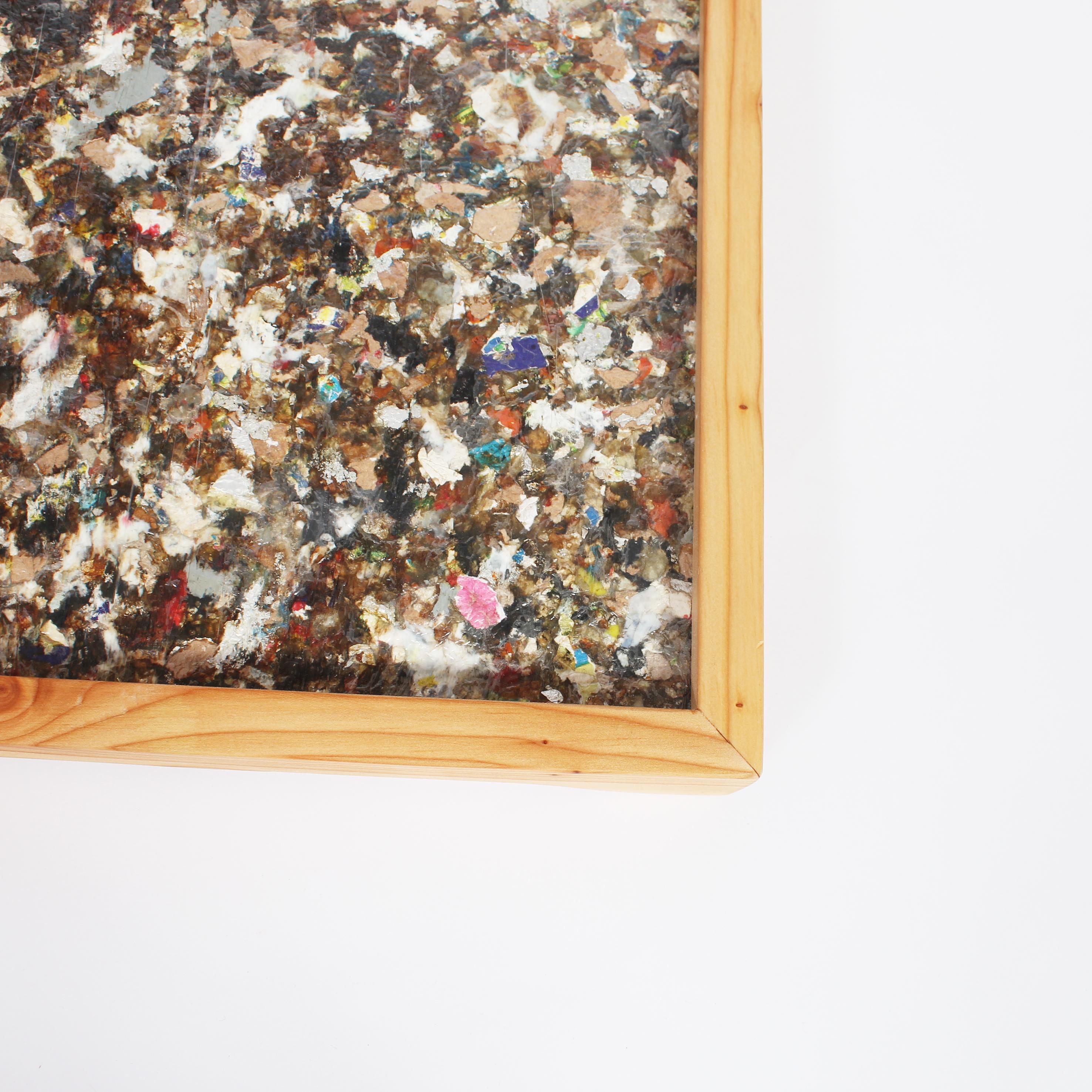 Bandeja con placa reciclada