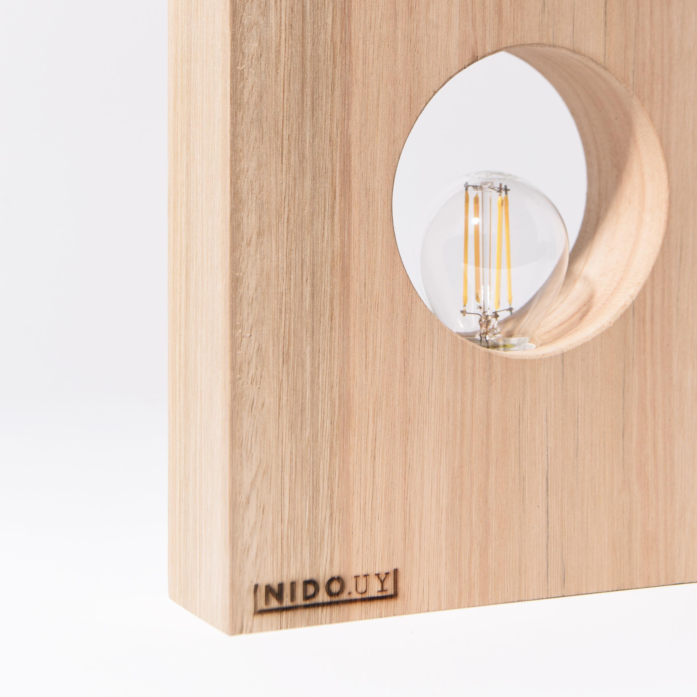"""Luminaria de Mesa """"GEO"""" sin marco"""